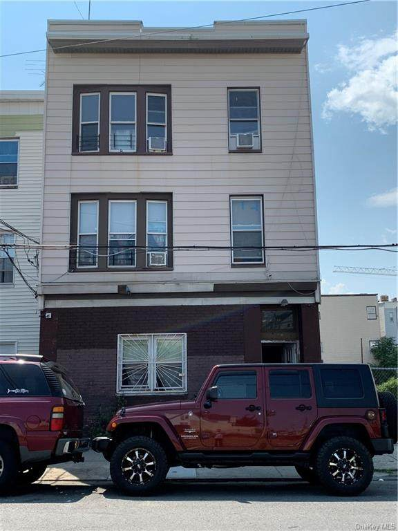 139 Linden Street - Photo 1