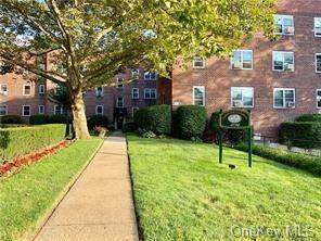 4782 Boston Post Road B1i, Pelham, NY 10803 (MLS #H6058103) :: Marciano Team at Keller Williams NY Realty