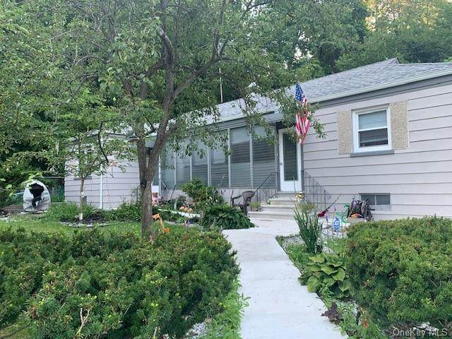 325 Jersey Avenue, Greenwood Lake, NY 10925 (MLS #H6058309) :: William Raveis Baer & McIntosh