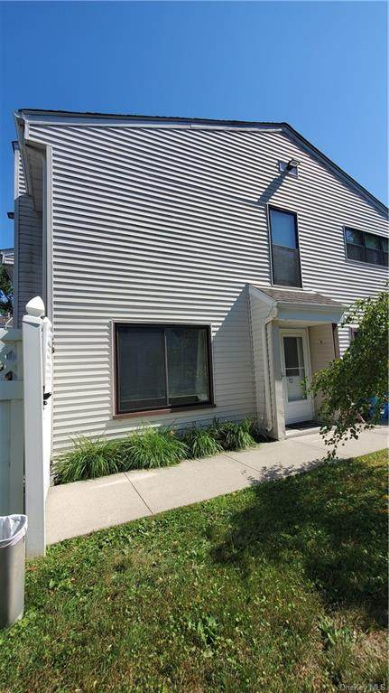 25 Pierces Road #12, Newburgh, NY 12550 (MLS #H6058686) :: Mark Seiden Real Estate Team