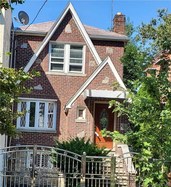 4343 Wilder Avenue - Photo 1