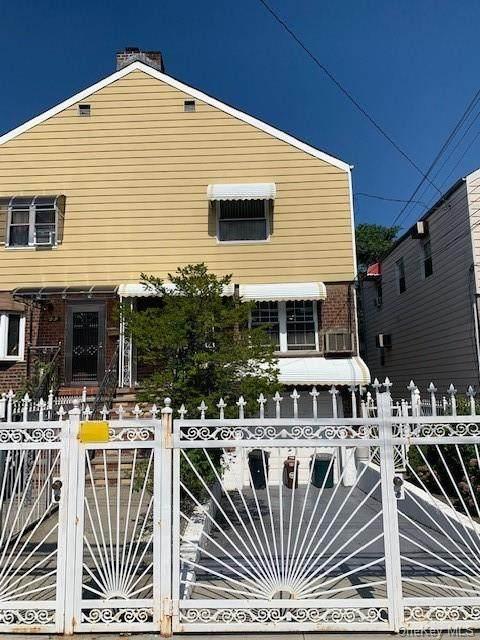 3236 Mickle Avenue, Bronx, NY 10469 (MLS #H6061453) :: Keller Williams Points North - Team Galligan