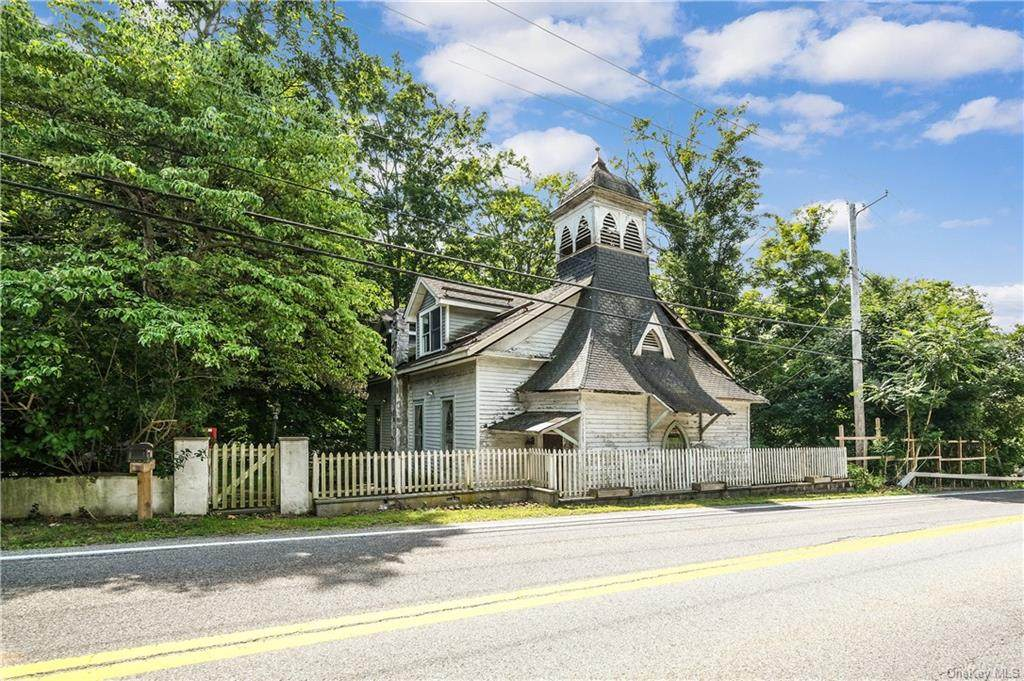 52 Peekskill Hollow Road - Photo 1