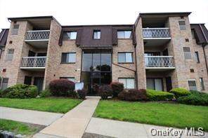 520 Kennedy Drive, Spring Valley, NY 10977 (MLS #H6068176) :: Kevin Kalyan Realty, Inc.