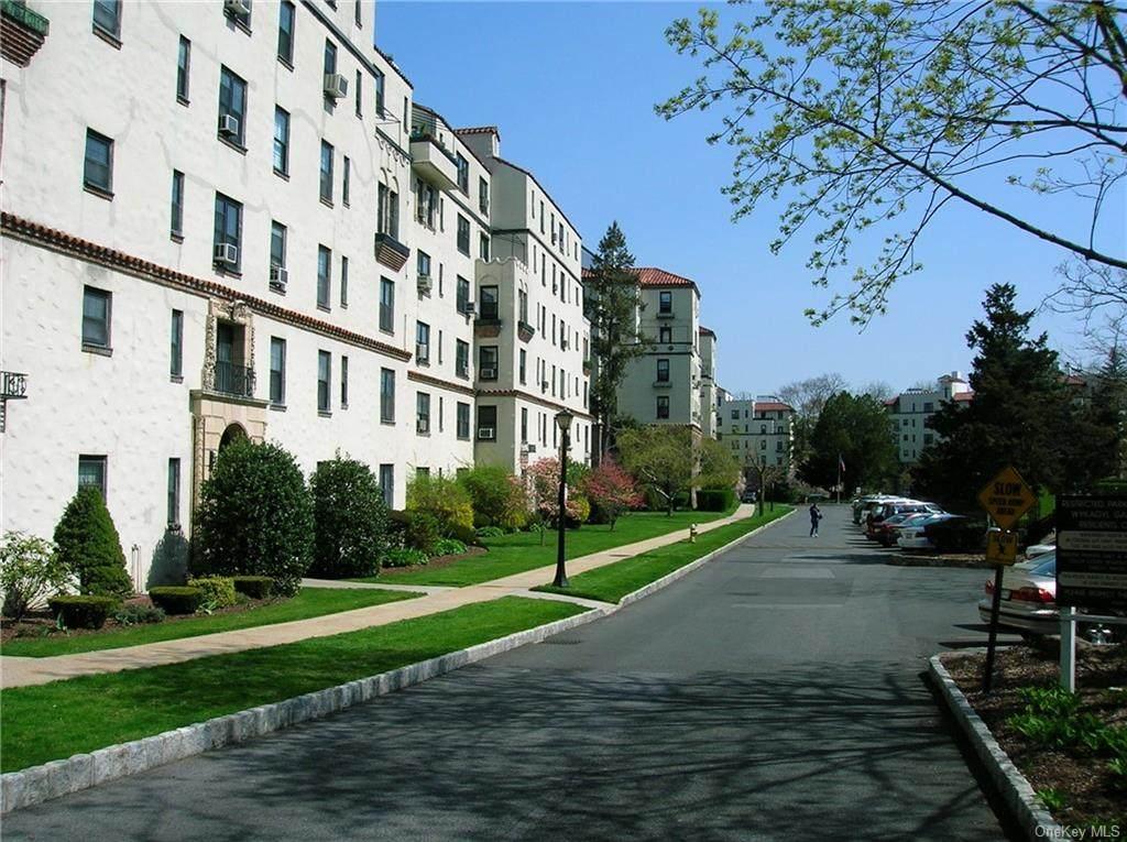 1273 North Avenue - Photo 1