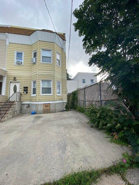 1510 Lurting Avenue - Photo 1