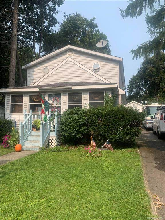 16 Walnut Street, Greenwood Lake, NY 10925 (MLS #H6070674) :: William Raveis Baer & McIntosh