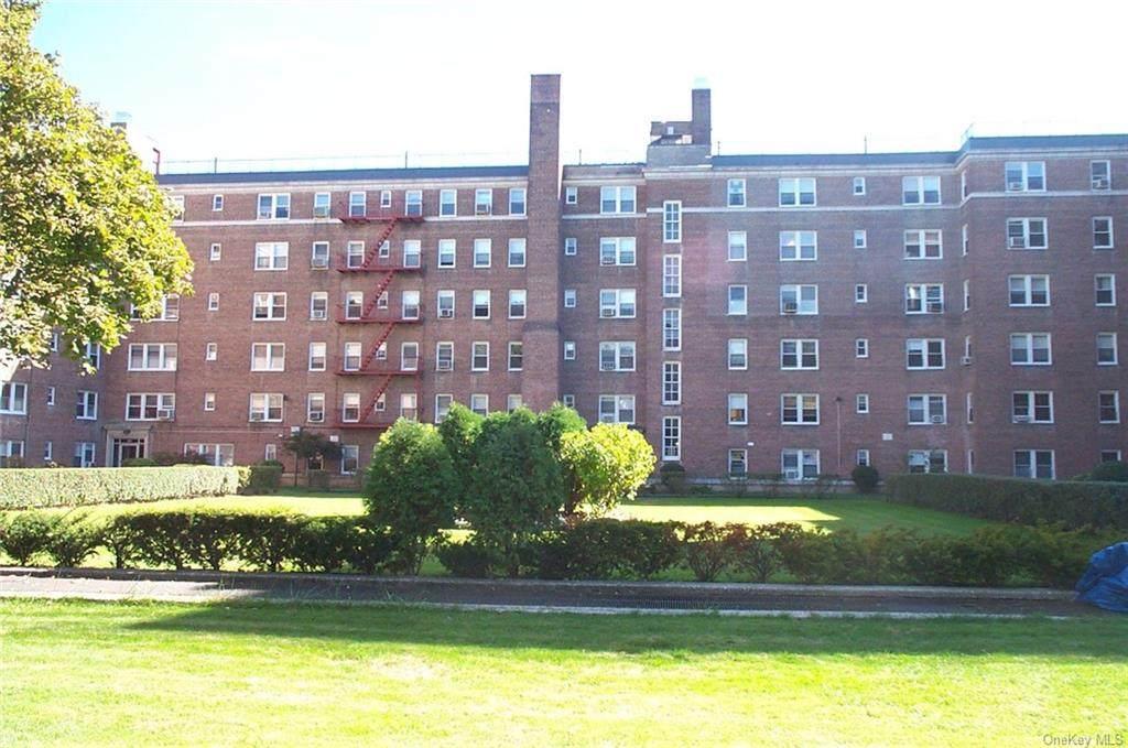 5430 Netherland Avenue - Photo 1