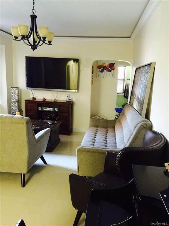 220 Pelham Rd 1O, New Rochelle, NY 10805 (MLS #H6070842) :: McAteer & Will Estates | Keller Williams Real Estate
