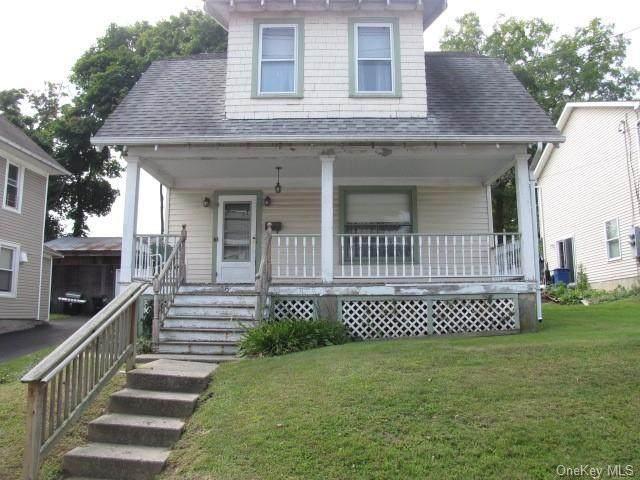 16 Genung Street, Middletown, NY 10940 (MLS #H6071452) :: Laurie Savino Realtor