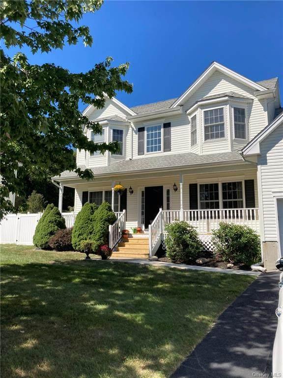 2824 Cherry Tree Way, New Windsor, NY 12553 (MLS #H6071734) :: William Raveis Baer & McIntosh