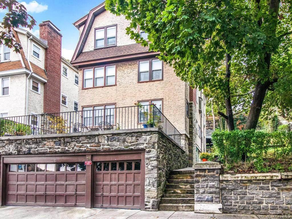 79 Saint James Terrace - Photo 1