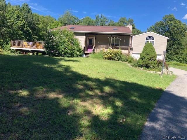 241 East Road, Wallkill, NY 12589 (MLS #H6077808) :: McAteer & Will Estates | Keller Williams Real Estate