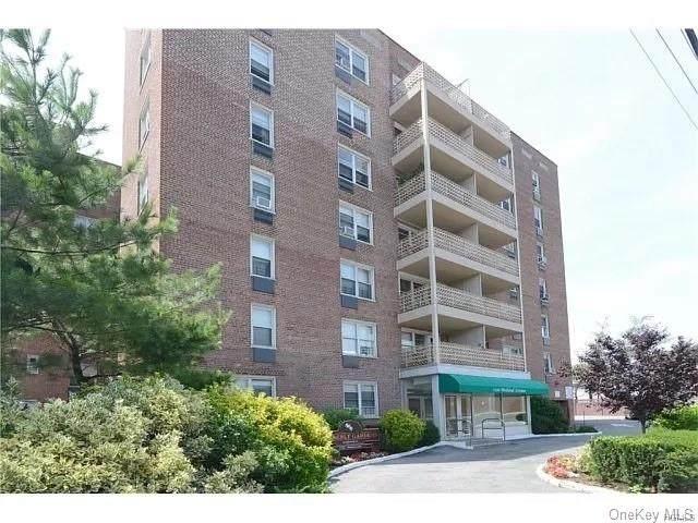 1296 Midland Avenue H3, Yonkers, NY 10704 (MLS #H6079669) :: McAteer & Will Estates | Keller Williams Real Estate