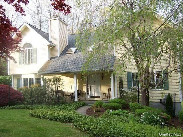4 Plum Court, Katonah, NY 10536 (MLS #H6080560) :: Mark Boyland Real Estate Team