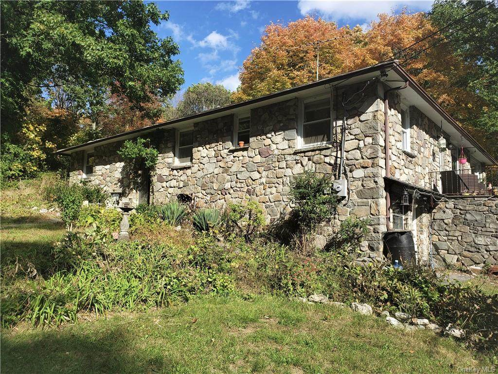 340 Mount Zion Road - Photo 1