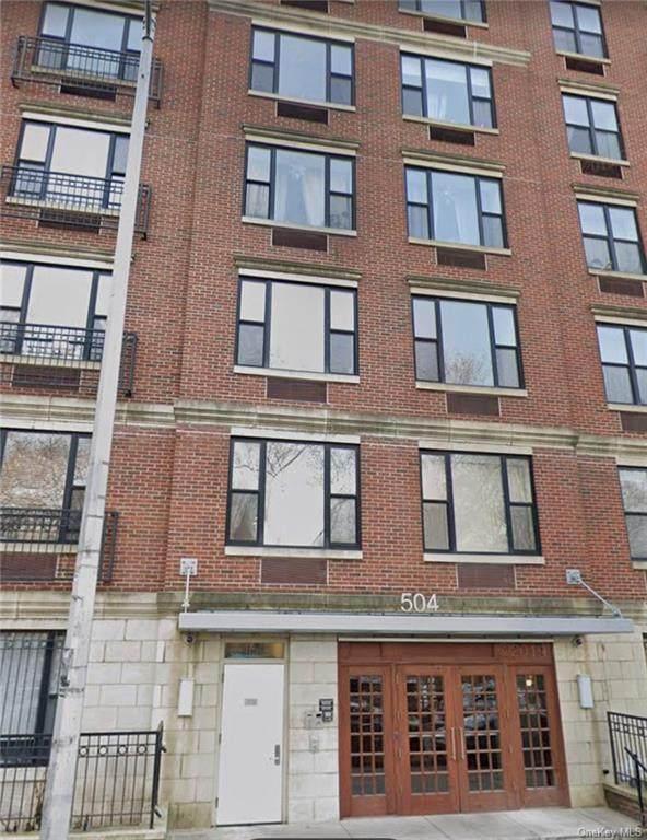 504 136th Street - Photo 1