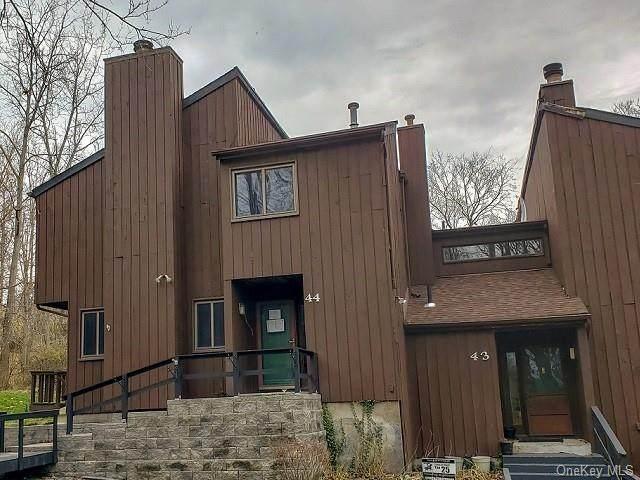 44 Redwood Drive, Highland Mills, NY 10930 (MLS #H6083487) :: William Raveis Baer & McIntosh