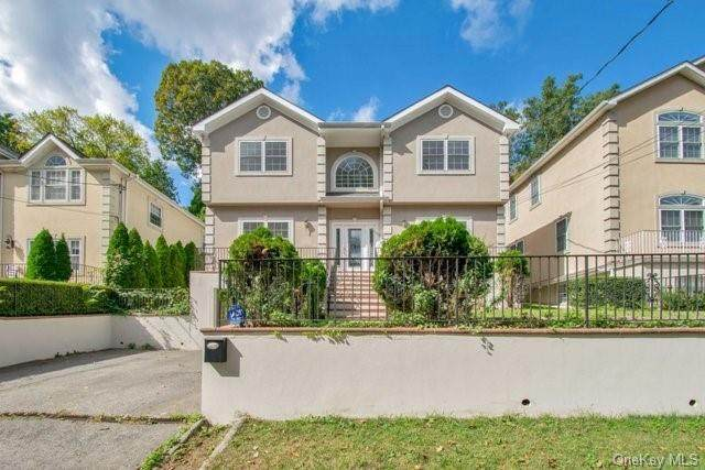 133 Parkview Avenue, Yonkers, NY 10708 (MLS #H6084002) :: McAteer & Will Estates   Keller Williams Real Estate