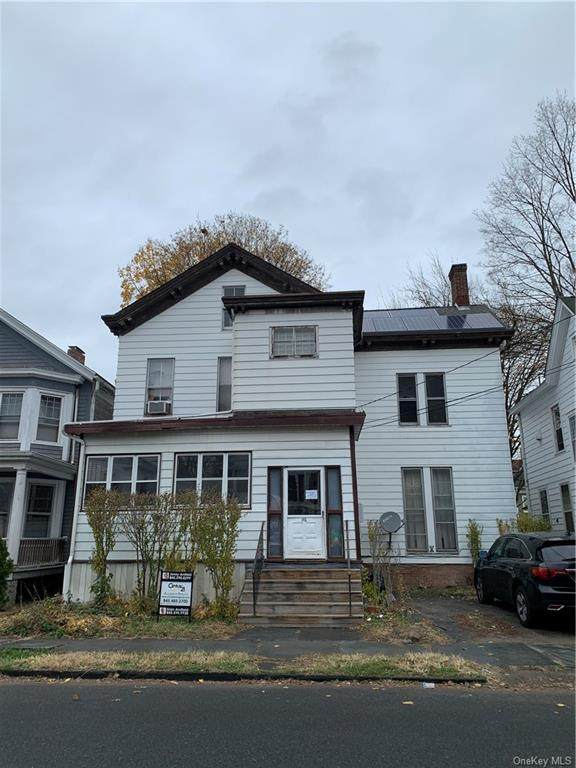186 Pine Street, Kingston, NY 12401 (MLS #H6084514) :: Kevin Kalyan Realty, Inc.