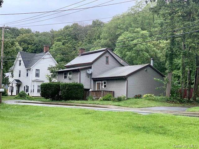 56 North Avenue, Pleasant Valley, NY 12569 (MLS #H6084697) :: William Raveis Baer & McIntosh