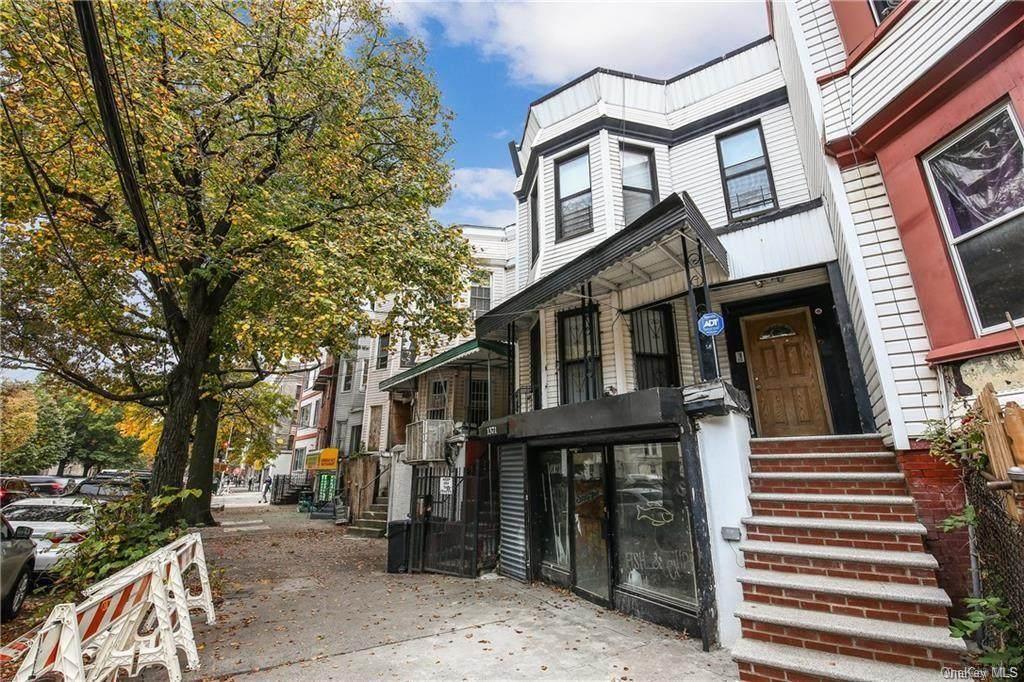 1371 Prospect Avenue - Photo 1