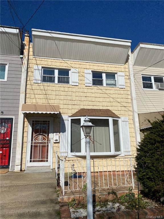 2765 Schurz Avenue, Bronx, NY 10465 (MLS #H6085757) :: Marciano Team at Keller Williams NY Realty