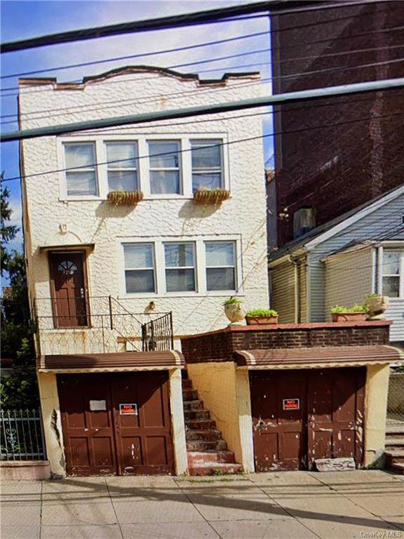 3216 Corlear Avenue - Photo 1