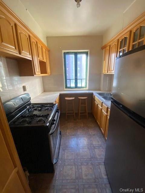 1410 East Avenue 3E, Bronx, NY 10462 (MLS #H6086833) :: Mark Boyland Real Estate Team