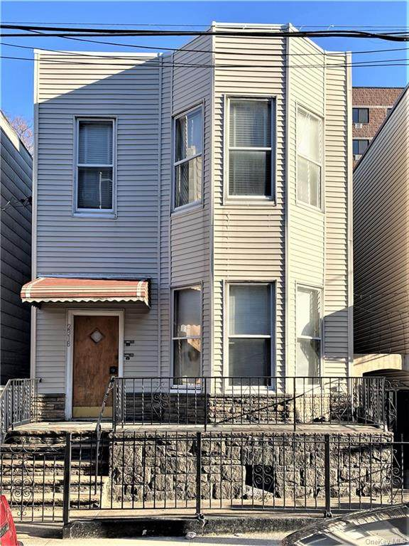 2318 Belmont Avenue - Photo 1