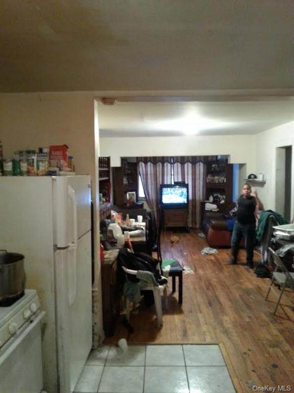 705 Ashford Street, Brooklyn, NY 11207 (MLS #H6089626) :: Frank Schiavone with William Raveis Real Estate