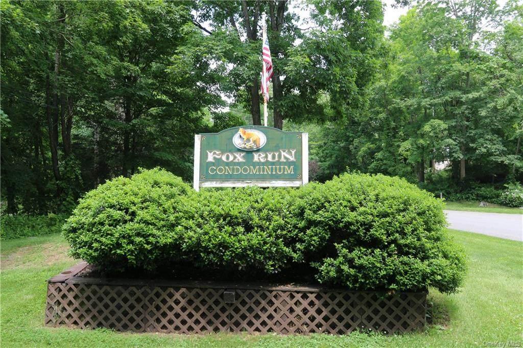 220 Fox Run Lane - Photo 1