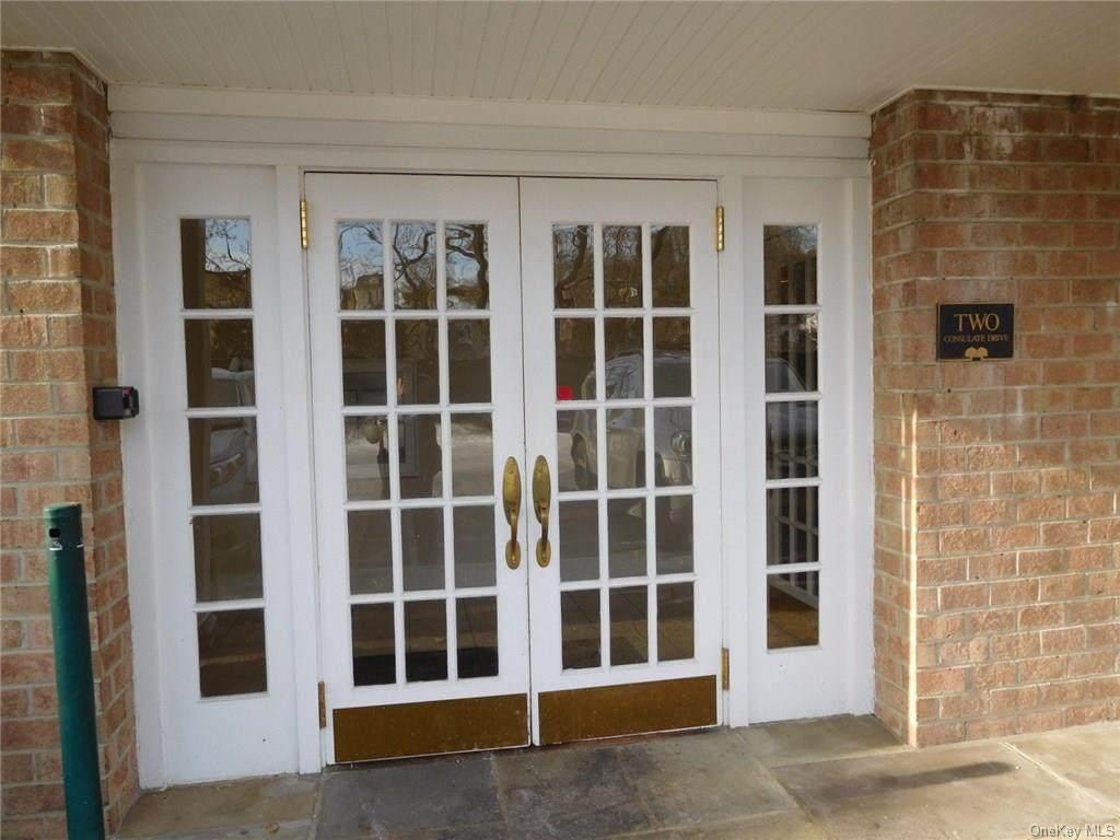 2 Consulate Drive - Photo 1