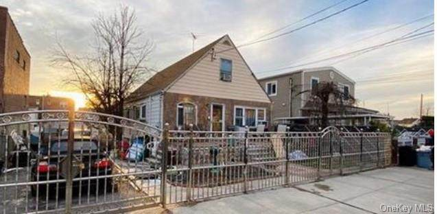 1053 Swinton Avenue, Bronx, NY 10465 (MLS #H6092219) :: Mark Seiden Real Estate Team