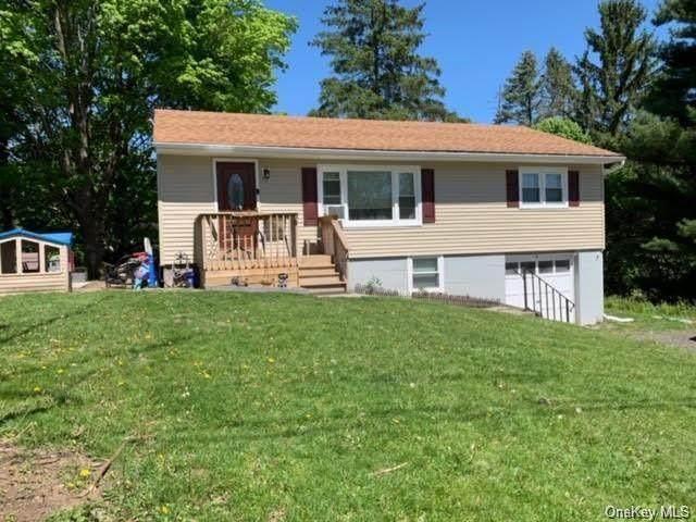 4 Miller Heights Road, Middletown, NY 10940 (MLS #H6092556) :: Mark Seiden Real Estate Team