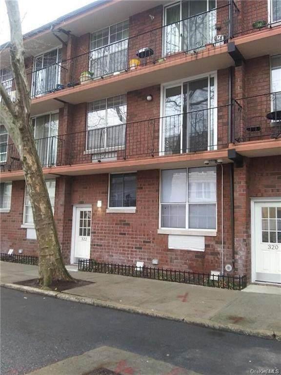 322 101 Street - Photo 1