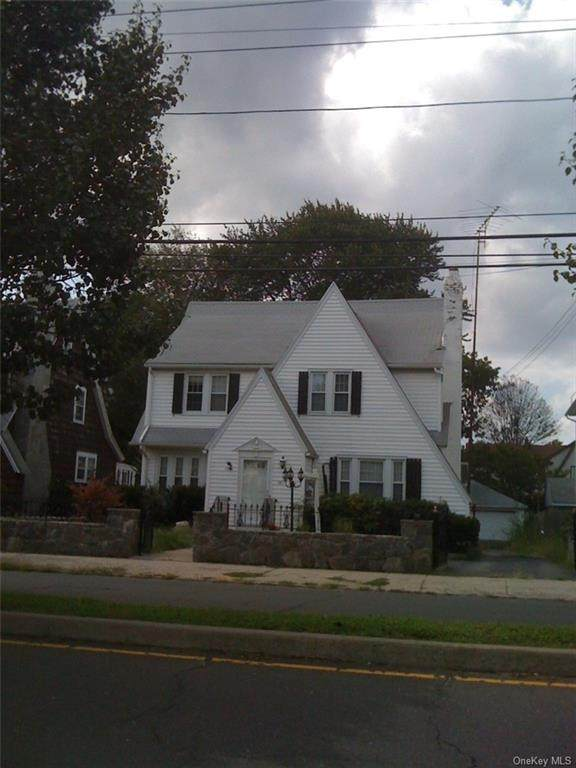 3411 Main Street - Photo 1