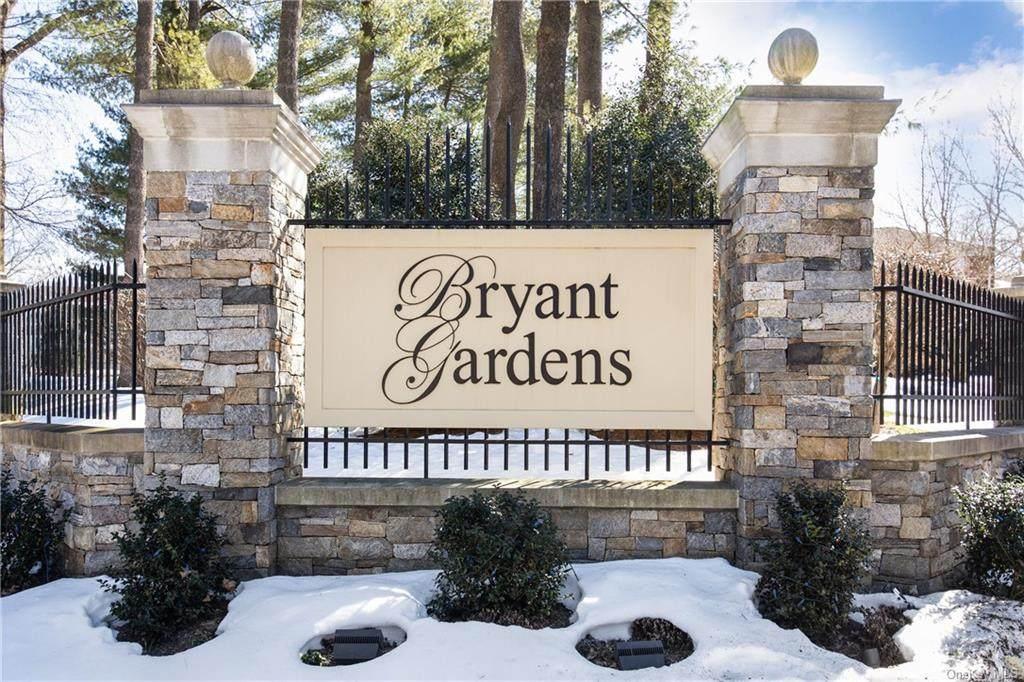 11 Bryant Crescent - Photo 1