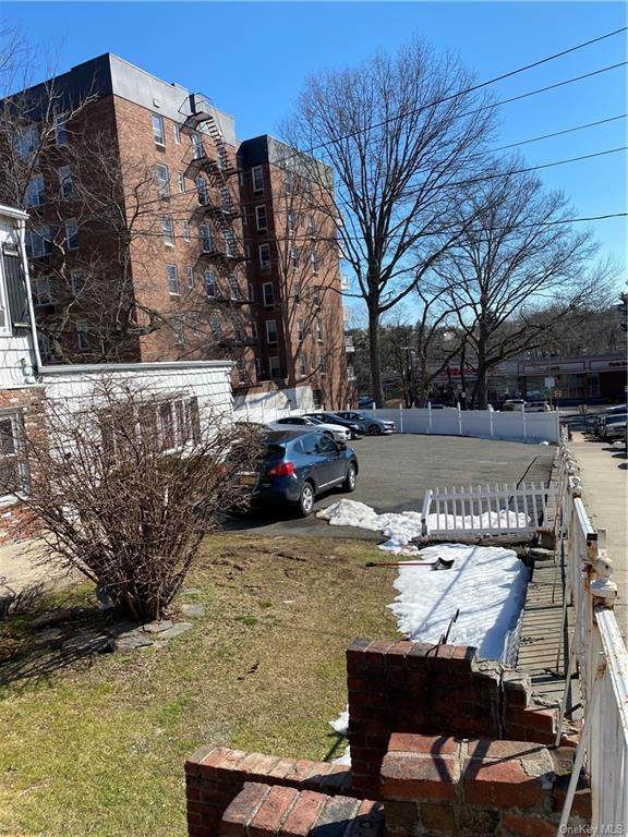 9 New Place, Yonkers, NY 10704 (MLS #H6098859) :: Frank Schiavone with William Raveis Real Estate