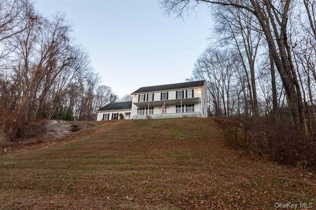 926 W Dover Road, Pawling, NY 12564 (MLS #H6099059) :: William Raveis Baer & McIntosh