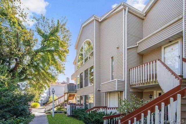 5 Leeward Lane 2-4, Bronx, NY 10464 (MLS #H6100135) :: RE/MAX RoNIN