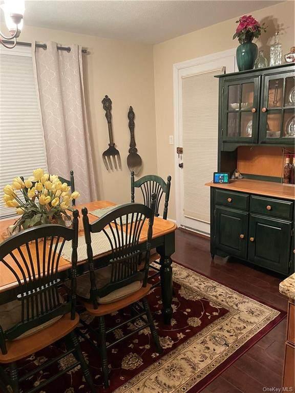 462 Sierra Vista Lane, Valley Cottage, NY 10989 (MLS #H6100795) :: Barbara Carter Team