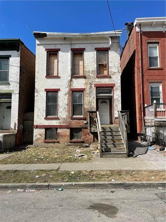 13 S Miller Street, Newburgh, NY 12550 (MLS #H6102506) :: Barbara Carter Team
