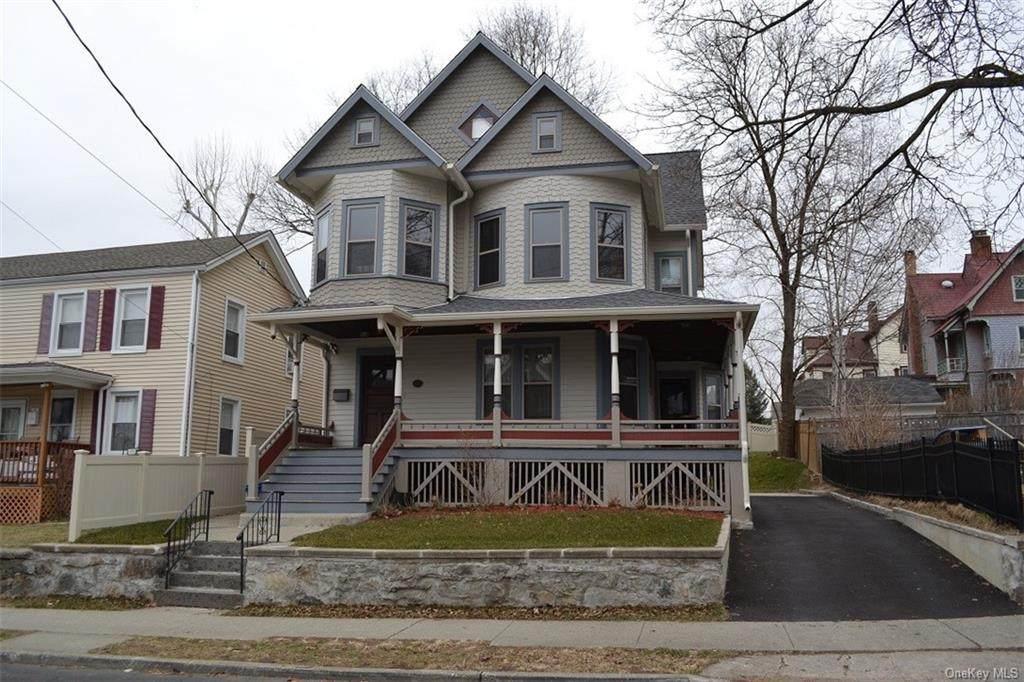 834 John Street - Photo 1