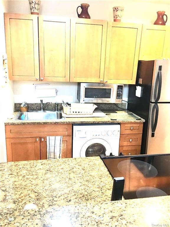 3106 Villa At The Woods, Peekskill, NY 10566 (MLS #H6104298) :: Mark Seiden Real Estate Team