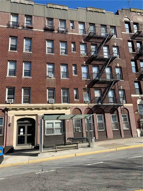 550 Fort Washington Avenue - Photo 1