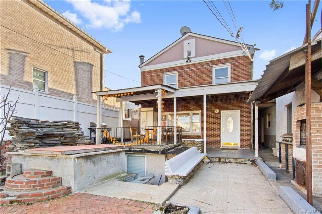 649 & 651 Logan Avenue - Photo 1