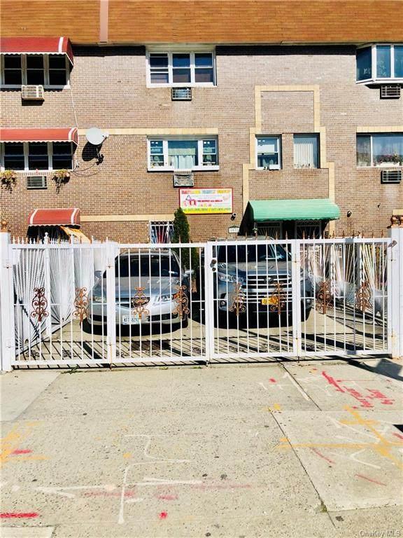 1032 Hoe Avenue - Photo 1