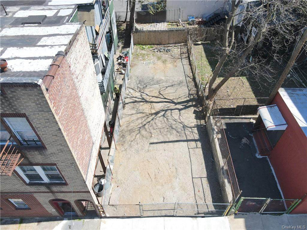 4 Orchard Street - Photo 1