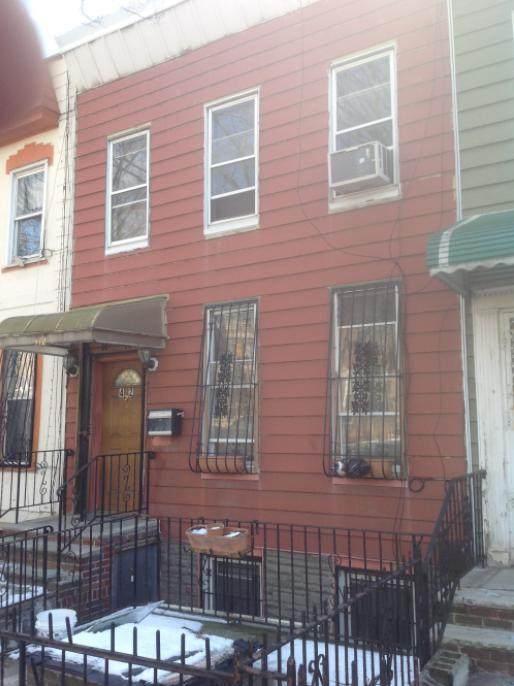 412 Cornelia Street - Photo 1